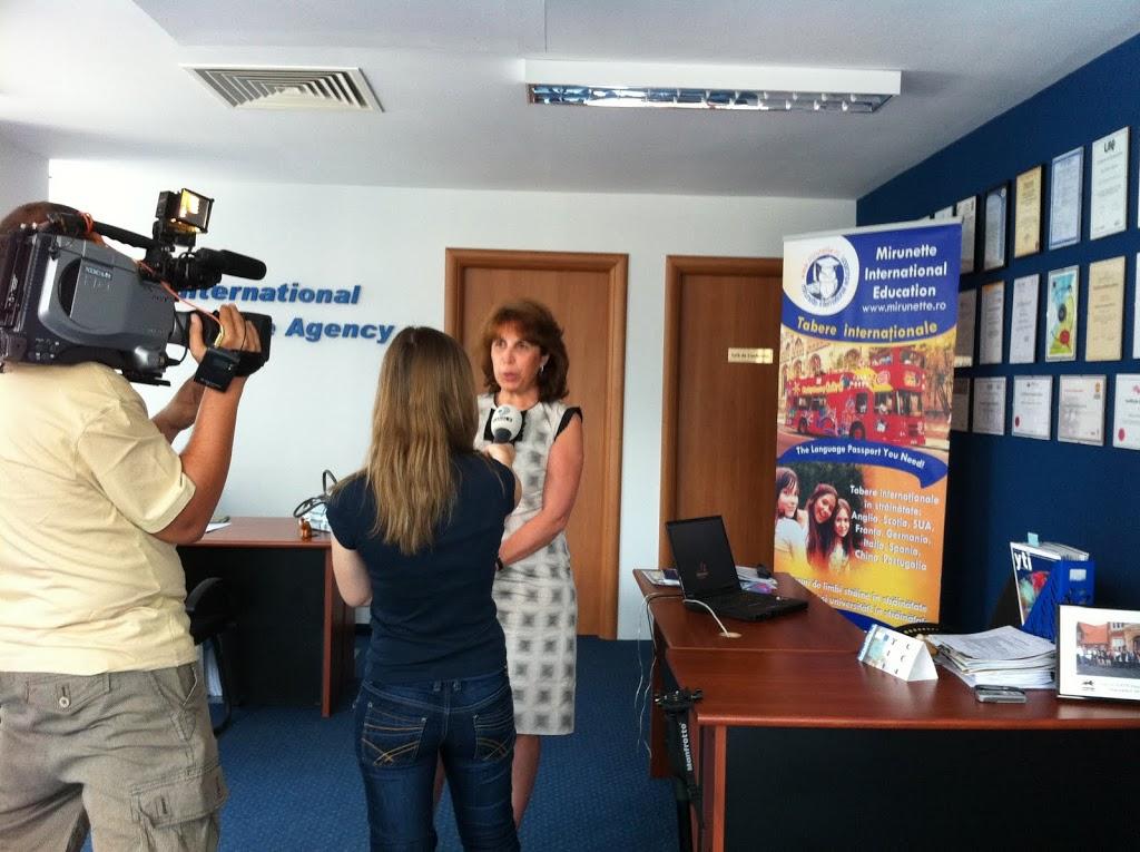 02.-interviu-Mirunette-2528d-na-Dir.-Gen.-Daniela-Pavoni-2529-KanalD-iunie-2011