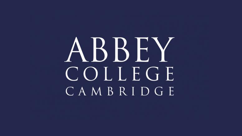 Castiga o bursa de studiu in Anglia - Abbey College Cambridge