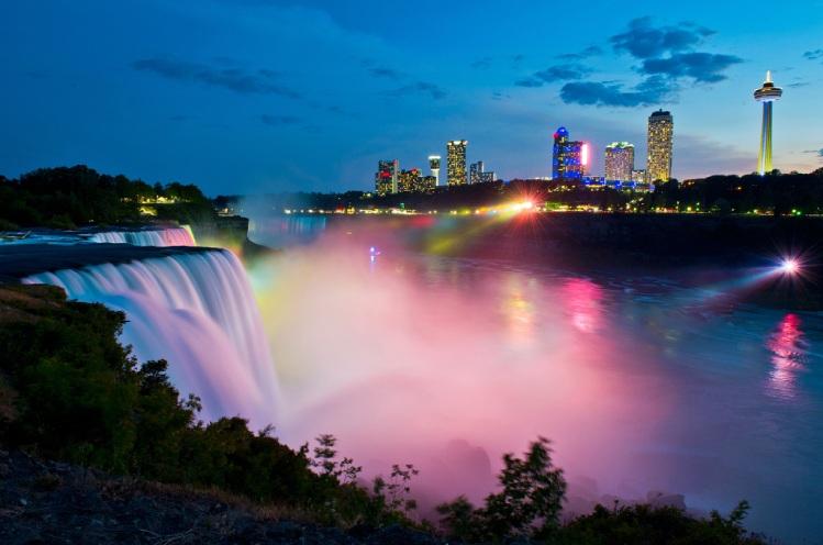 Tabara in Canada, Mirunette - Cascada Niagara