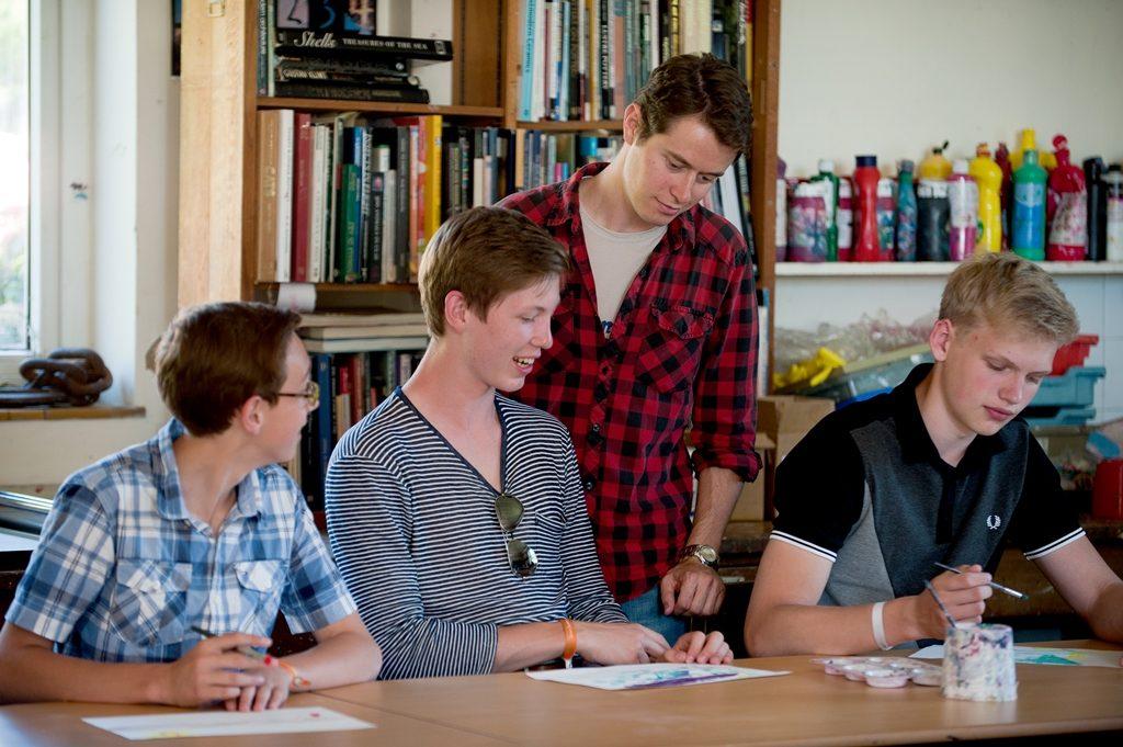 Concurs de burse liceu UK
