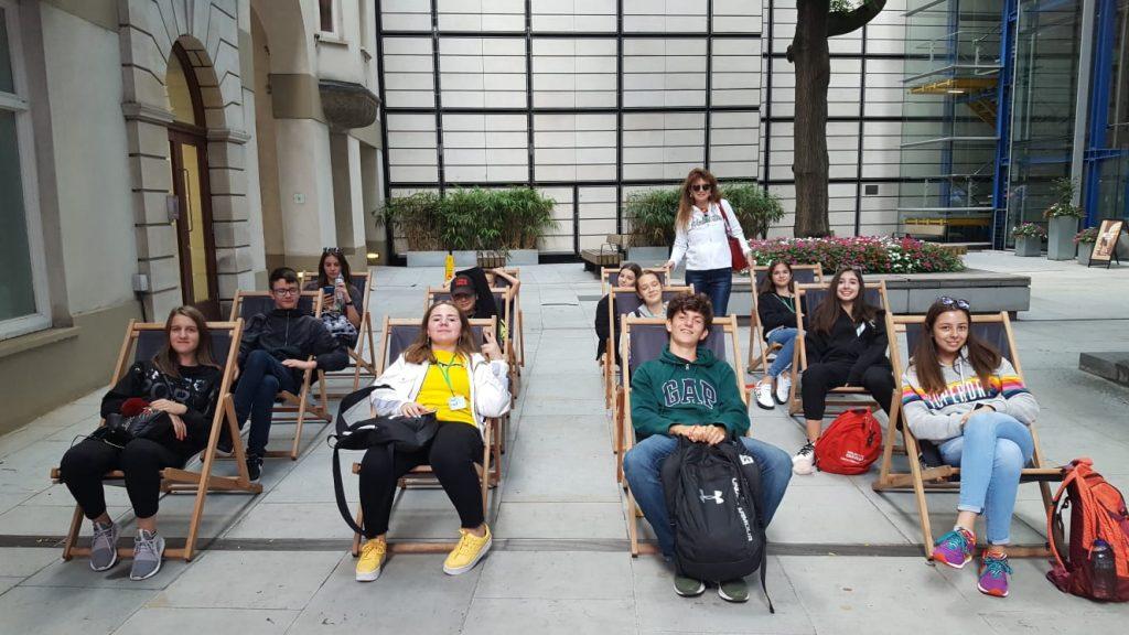 Tabara Londra King's College Mirunette 2019