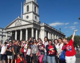 Tabara de grup limba Engleza - Bloxham School - scoala de elita din Marea Britanie - Oxfordshire, Anglia