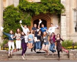 tabara de grup limba engleza queens college somerset anglia.jpg