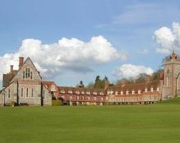 tabara limba engleza bradfield college berkshire.jpg