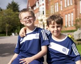 tabara limba engleza fotbal caterham school surrey.jpg