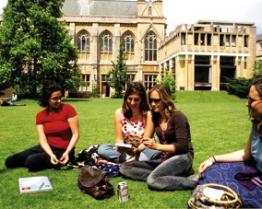 Tabara Limba Engleza & Pregatire SAT - University of Oxford