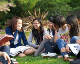 tabara limba engleza pregatire igcse cambridge tutors college londra.jpg