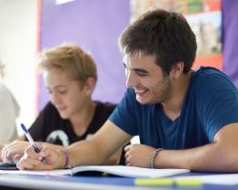 tabara limba engleza pregatire universitati uk earlscliffe college.jpg