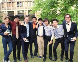 tabara limba engleza young business leaders wellington college berkshire.jpg